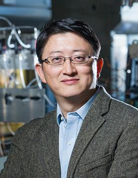 Wenyu Huang